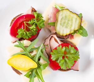 1 Naturalne gotowanie - pumpernikiel z warzywami