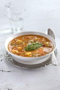 gesta_zupa_z_makaronem_i_pesto_Index_Food