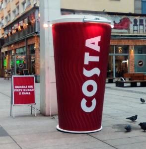 Costa Coffee_Grzejacy Kubek_Zdjecie 01