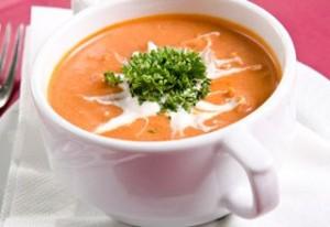 zupa pomidorowa z serkiem topionym