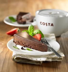 COSTA COFFEE_Bezglutenowe Ciasto Czekoladowe_LR