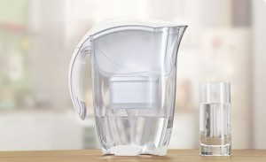 BRITA_szklanka wody i Elemaris