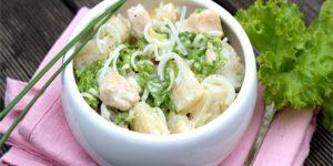 lekka-salatka-z-kurczakiem