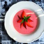 CYKORIA –  chłodnik z truskawek