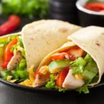 Zapiekane tortille z warzywami – idealna przekąska na każde spotkanie