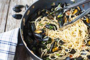 spaghetti-z-frutti-di-mare