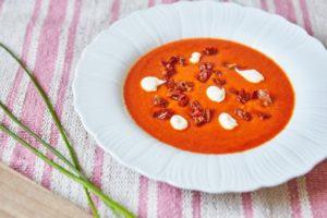 krem-z-czerwonych-warzyw-z-aioli-zupa-krem-z-czerwonych-warzyw