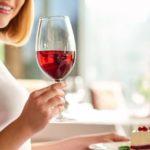 Poradnik dla konesera-łasucha  Jak łączyć wino z deserami?