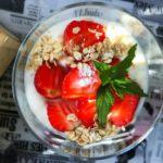 CYKORIA –  jogurt z truskawkami
