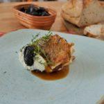 Ekspresowe tosty ze śliwką kalifornijską i ricottą
