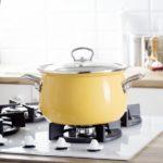 Garnki do Twojej kuchni – jak wybrać odpowiednie naczynia?