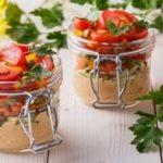 Pomidory i bakalie. Doskonałe połączenie smaków na końcówkę lata